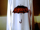 The 'Royal Vie Red Umbrella' Vapour Crew Tee L/S