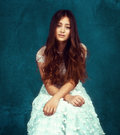 Jasmine Thompson image