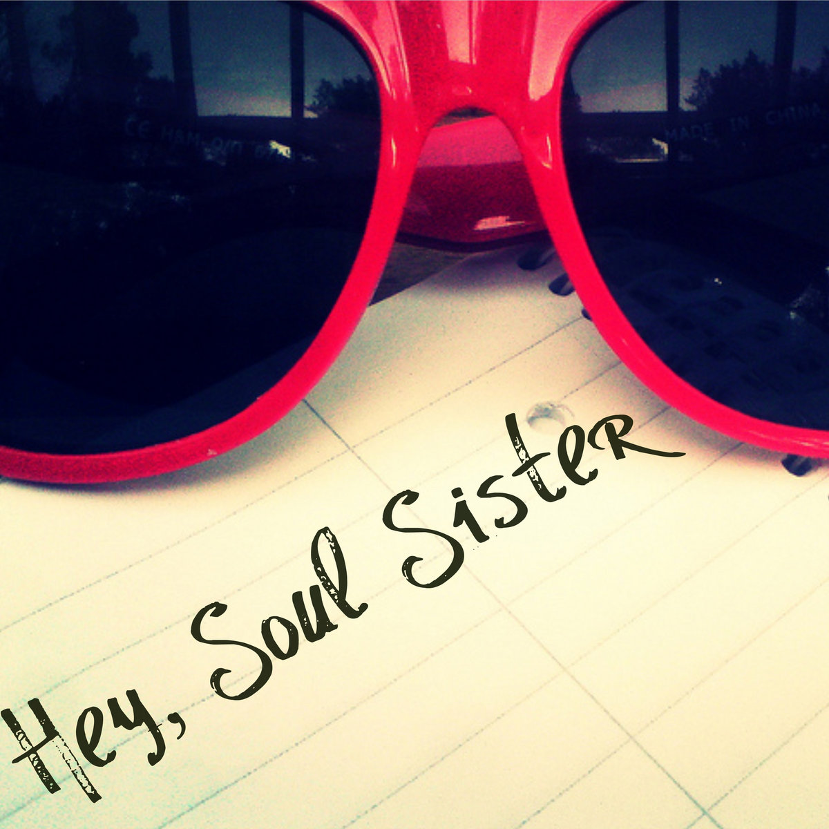 hey soul sister Hey, soul sister lyrics: heyy / heeey / heey / your lipstick stains / on the front lobe of my left side brains / i knew i wouldn't forget you / and so i went and let you / blow my mind / your sweet.